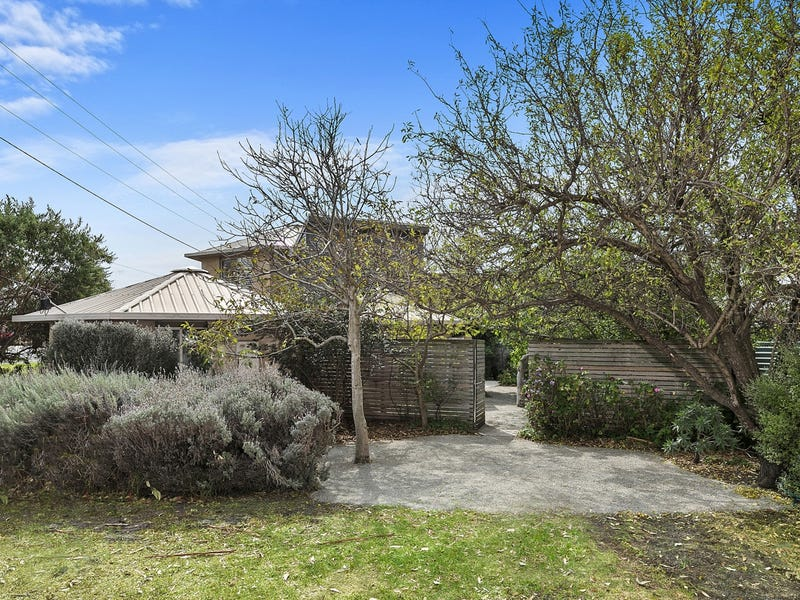 26 Old Geelong Road, Point Lonsdale, Vic 3225
