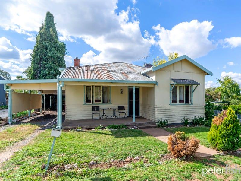 27 Wellington Street, Molong, NSW 2866