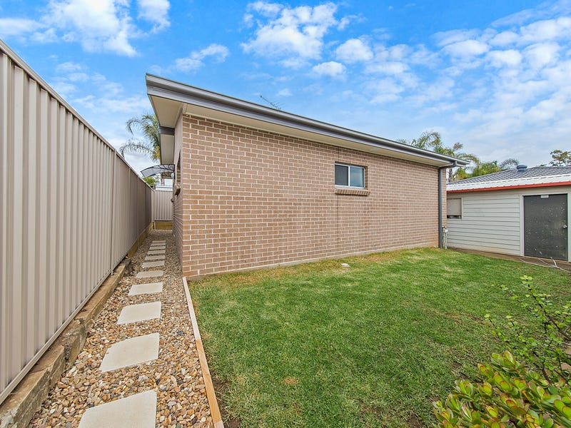 36A Bettong Crescent, Bossley Park, NSW 2176