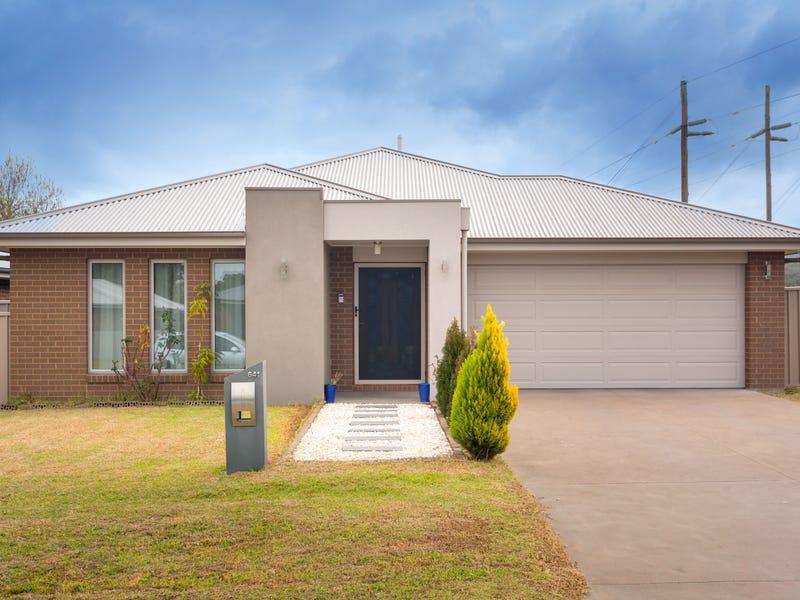641 Storey Street, Lavington, NSW 2641