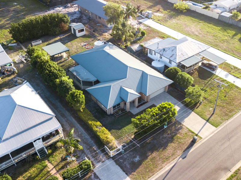 37 Pelican Parade, Jacobs Well, Qld 4208