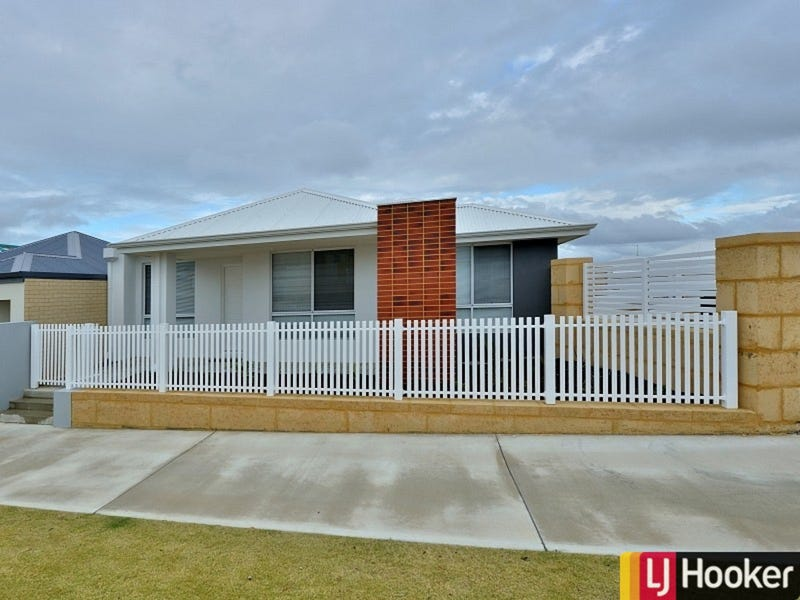 1 Tamarind Lane, Halls Head, WA 6210