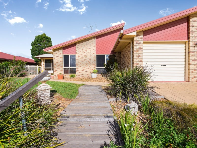 30 Dalzell Crescent, Darling Heights, Qld 4350