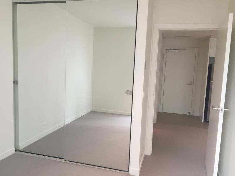 1F/9 Waterside Place, Docklands