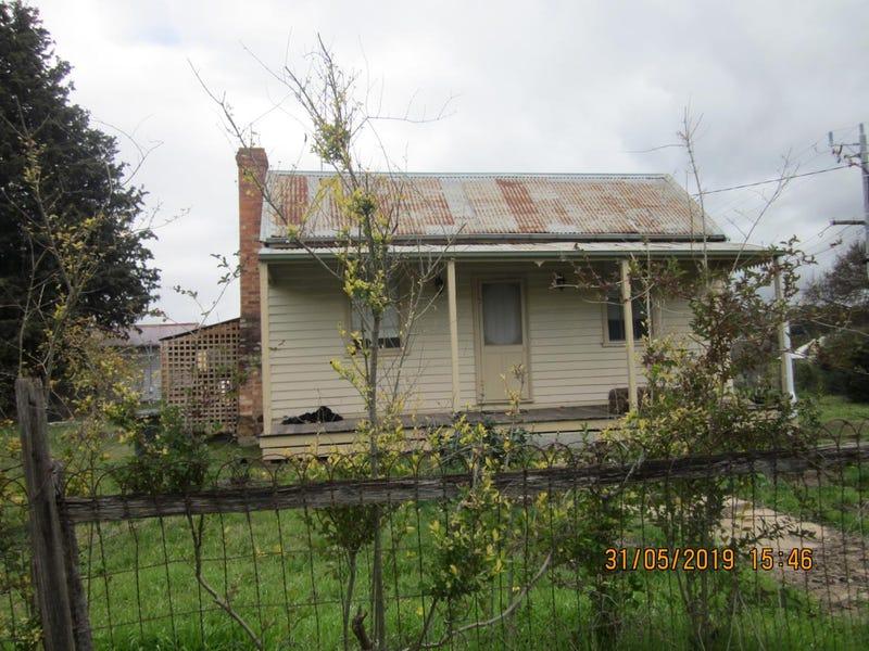 56 Main Road, Campbells Creek, Vic 3451
