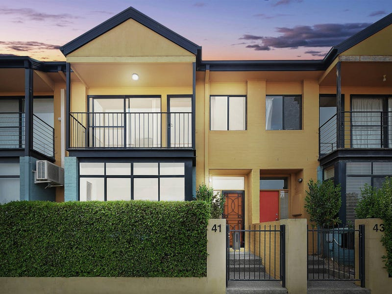 41 Anthony Rolfe Avenue, Gungahlin, ACT 2912
